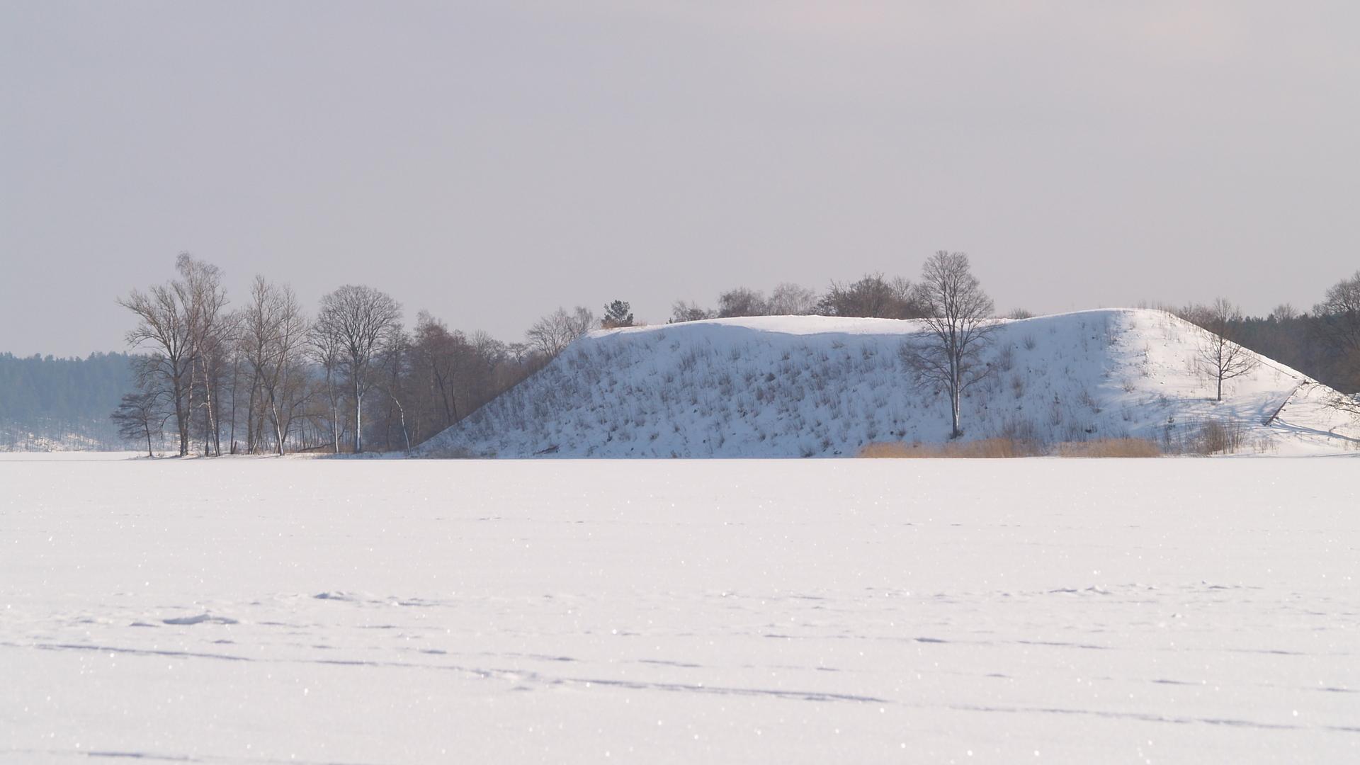 Taurapilis mound