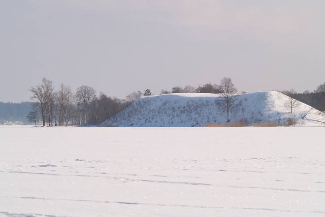 Taurapilis mound