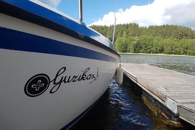 """Jachta """"Guzikas"""""""