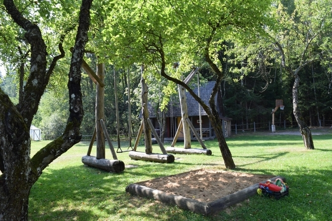 Elenutės namai