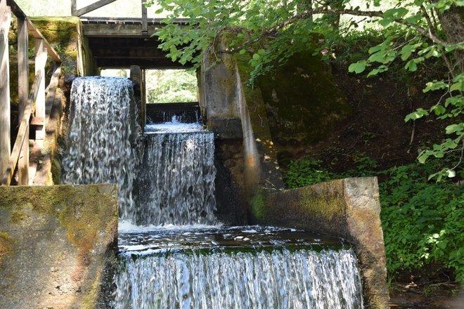 Pakaso vandens malūnas